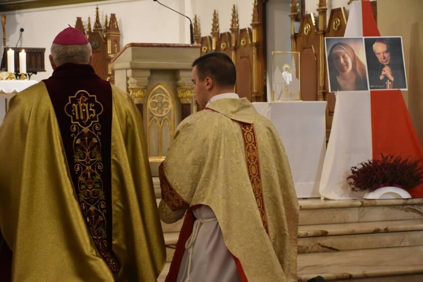 Ełckie dziękczynienie za beatyfikację kard. Wyszyńskiego i m. Czackiej